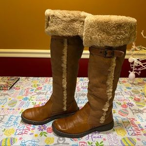 BORN Winter boots size 7